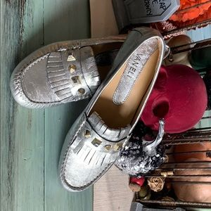 NWOT Vaneli Rika Silver Loafers